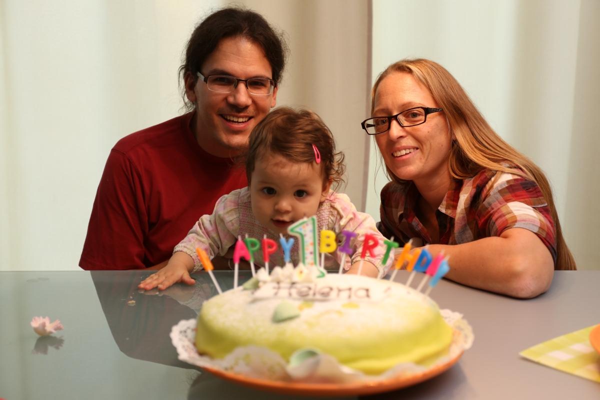 Kuchen. Und Mami und Papi.