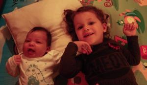 Helena und ihre grosse Schwester